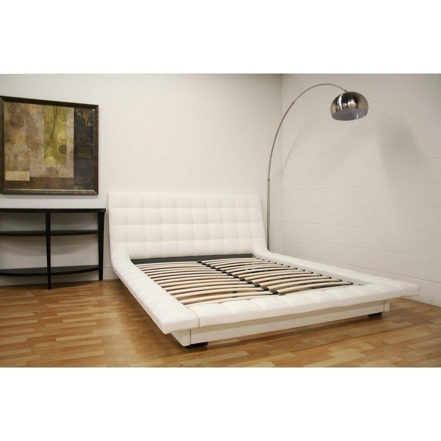 celia queen bed