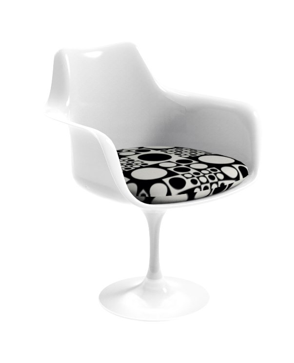 Saarinen Tulip chair in Panton Geometri fabric