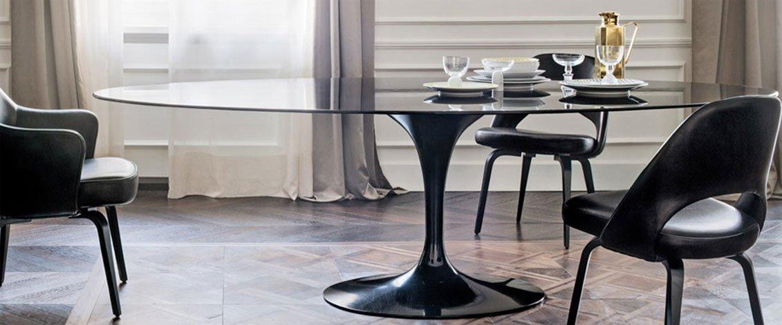 black marble saarinen roundpedestal dining table